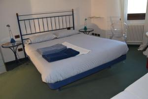 B&B Centro Arcangelo, Bed and breakfasts  Dro - big - 39