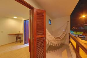 Lateral Double Room with Balcony