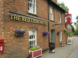 Red Lion Hotel in Salford, Bedfordshire, England