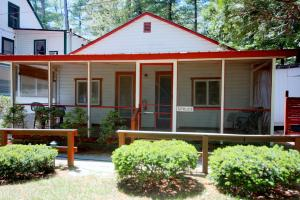 Spruce Two-Bedroom Cottage