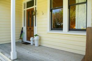 The Old Manse, Bed and breakfasts  Martinborough  - big - 7