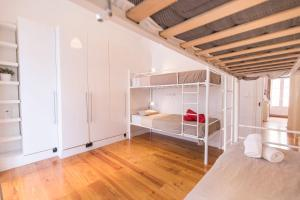 The Loft - Boutique Hostel Lisbon - 2 of 20