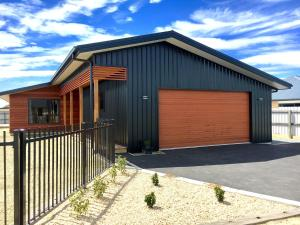 Magnificent in Mackenzie Park, Holiday homes  Twizel - big - 1
