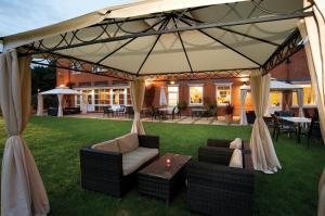 The Pinewood Hotel - A Bespoke Hotel in Slough, Berkshire, England