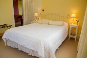The Old Manse, Bed and breakfasts  Martinborough  - big - 3