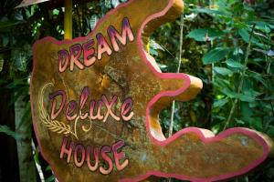 Dream Deluxe House