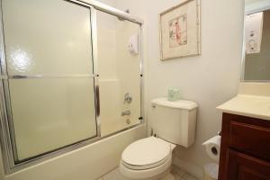 Three-Bedroom/ Two-Bathroom Premium Condo