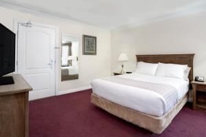 Howard Johnson Hotel & Suites Victoria, Hotels  Victoria - big - 40