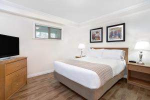 Howard Johnson Hotel & Suites Victoria, Hotels  Victoria - big - 41