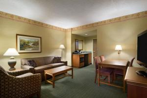 Double Suite - Hearing Accessible