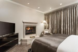 Luxury King Room