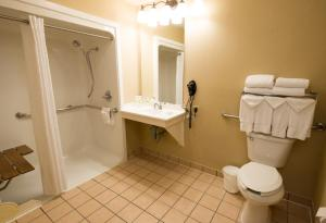 One-Bedroom King Suite - Disability Access - Non-Smoking