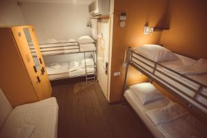 5 persons room with shared facilities