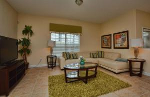 8935 Candy Palm Road Holiday Home, Ferienhäuser  Kissimmee - big - 5
