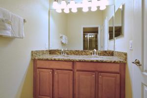 8967 Cat Palm Road Pool Home, Holiday homes  Kissimmee - big - 22