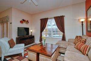 8954 Coco Palm Road Holiday Home, Case vacanze  Kissimmee - big - 6