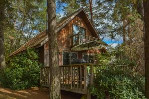 Rock Lodge Three-Bedroom Holiday Home, Dovolenkové domy  McHenry - big - 16