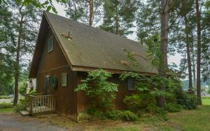 Rock Lodge Three-Bedroom Holiday Home, Dovolenkové domy  McHenry - big - 17