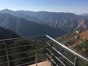 The Bodhi Tree B&B, Bed & Breakfasts  Shimla - big - 7