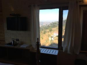 The Bodhi Tree B&B, Bed & Breakfasts  Shimla - big - 4