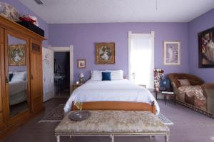 Queen Room with Two Queen Beds with Bath