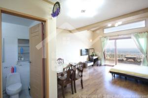 New Jeju pension, Holiday homes  Seogwipo - big - 4
