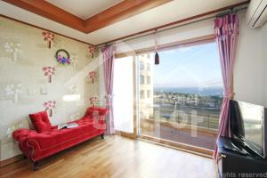 New Jeju pension, Holiday homes  Seogwipo - big - 7