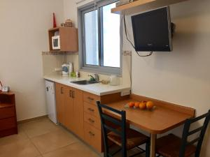 Kfar Saba Center Apartment, Apartmány  Kefar Sava - big - 36