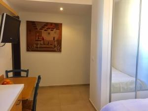 Kfar Saba Center Apartment, Apartmány  Kefar Sava - big - 37