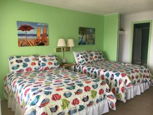 Double Room with Kitchenette with Side Ocean View
