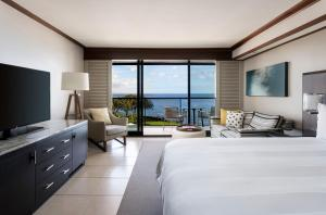 King or Queen Room with Premium Ocean View - Newly Renovated