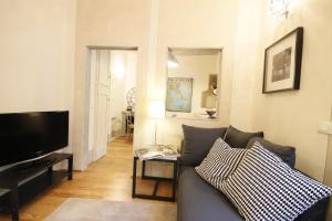 Boboli Frescoes Halldis Apartment, Appartamenti  Firenze - big - 4