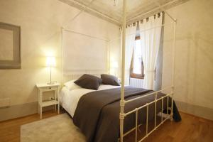 Boboli Frescoes Halldis Apartment, Appartamenti  Firenze - big - 6