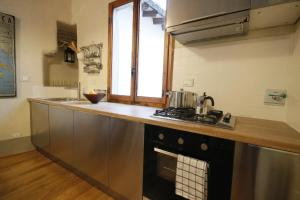 Boboli Frescoes Halldis Apartment, Appartamenti  Firenze - big - 7