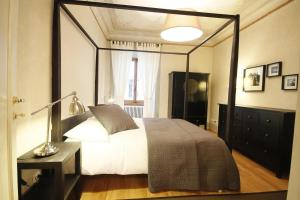 Boboli Frescoes Halldis Apartment, Appartamenti  Firenze - big - 11