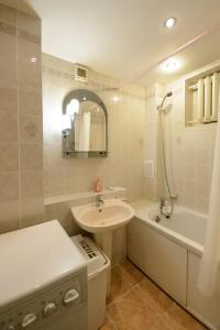 KievAccommodation Apartment on Kruglouniversitetsk - фото 14