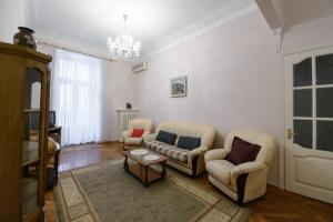 KievAccommodation Apartment on Kruglouniversitetsk, Киев