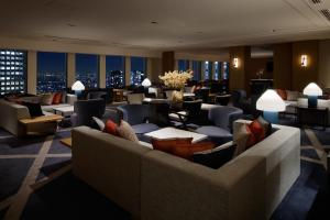 "New Club Floor ""Premier Grand"" Deluxe King Room with free access to Lounge"