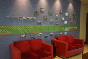 Hampton by Hilton Luton Airport (18 of 24)