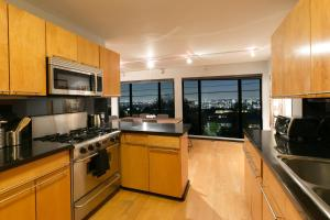 1039 - Sensational Sunset View, Vily  Los Angeles - big - 4