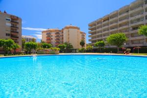 UHC Rhin Apartments, Apartments  Salou - big - 49