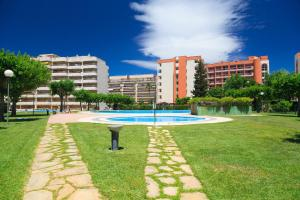 UHC Rhin Apartments, Apartments  Salou - big - 23