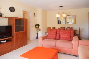 UHC Rhin Apartments, Apartments  Salou - big - 8