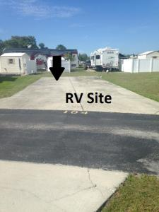 40' Max, 30/50amp, Full Hook-Up Site (NO RV INCLUDED & NO TENTS )