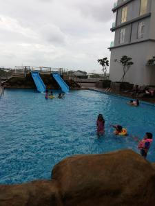 Urban Sanctuary Resort Condo @ Larkin, Apartments  Johor Bahru - big - 19
