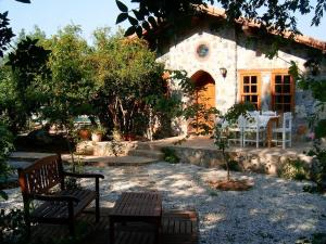 Fig Garden Cottages, Holiday homes  Kayakoy - big - 5