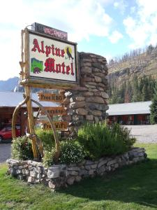 Alpine Motel of Cooke City