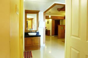 Atlantic Airport Apartments, Appartamenti  Nedumbassery - big - 15