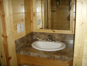 Pacific City Camping Resort Cottage 2, Ferienparks  Cloverdale - big - 8