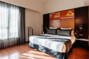 Premium Double or Twin Room with Terrace